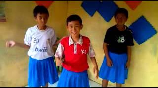 SISTAR - So Cool Music Video Versi Indonesia - Mr X-Katrok & $-Ter(Senter)