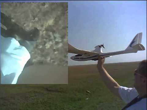 радиоуправляемый самолет с камерой