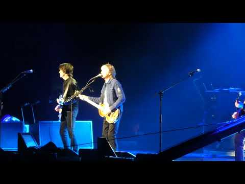 Paul McCartney, Come On to Me, (live)