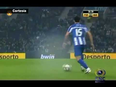 Gol de Freddy Guarin Porto vs Maritimo.wmv