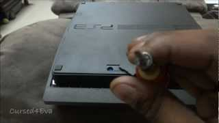 (HD) How to swap HDDs (Hard Disks) and update firmware on the PS3 - Cursed4Eva