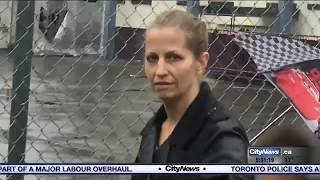 Karla Homolka occasionally volunteers at Montreal elementary school