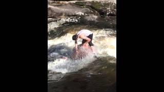 Голожопый водопадец.водопад Кокшетау зеренда
