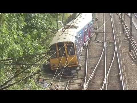 Derailed 313055 + 313050 south of Welwyn Garden City - 13th September 2016
