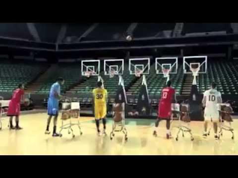 Incroyable: La NBA chante noël avec des...