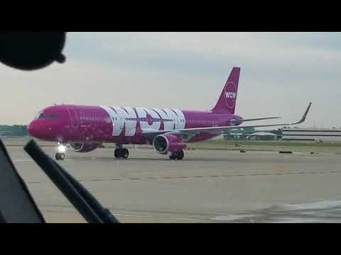 WOW, maiden flight from St Louis to Iceland