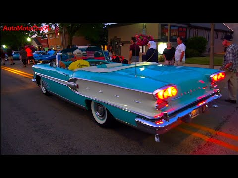 CLASSIC AND VINTAGE CAR SHOW AMERICAN MUSCLE CARS OLD HOT RODS CHICAGO
