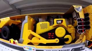 VLOG поход в детский магазин игрушек Строительные машинки CAT(Машинки CAT. Видео для детей. Строительные машинки CAT: игровые наборы, самосвалы, тракторы и другие машинки...., 2016-03-06T21:08:38.000Z)