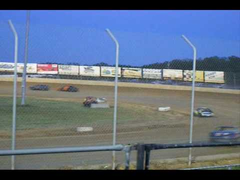 "Jesse ""The Rocket"" Hockett Races at Lake Ozark Speedway"
