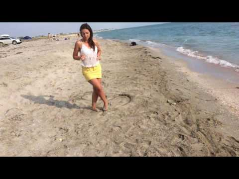 Tango women's techniques at the sea