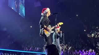 Like it's Christmas Ft. Jonas Brothers
