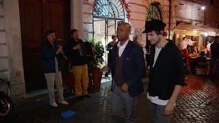 Stadwandeling door Rome met zanger Eloi van Kensin - RTL LATE NIGHT