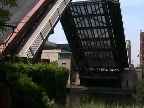 Raising Randolph Street Bridge