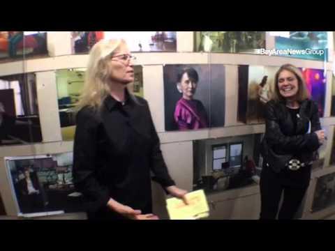 "VIDEO: @gloriasteinem & @annieleibovitz ""Women"" show in. #SanFrancisco. @insidebayarea @mercnews #ph"