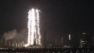 Новогодний салют  ДУБАИ , а рядом ПОЖАР - 2016 год