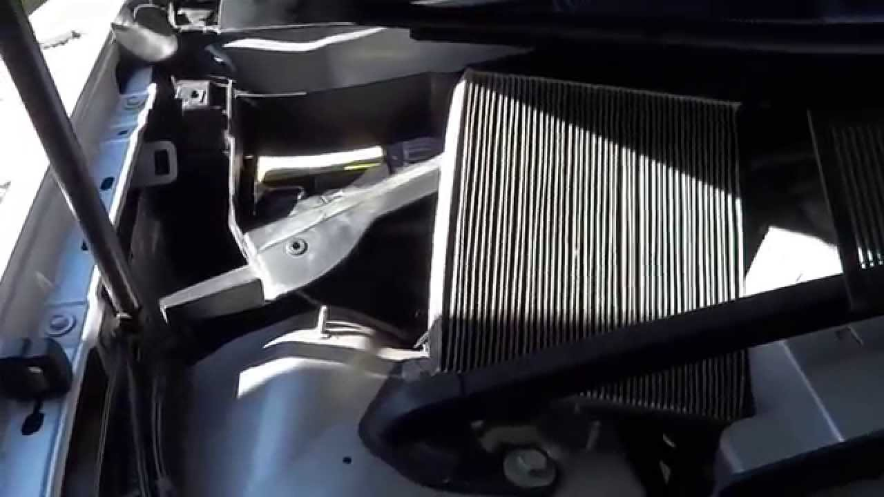 how to replace the cadillac cabin filter [ 1280 x 720 Pixel ]