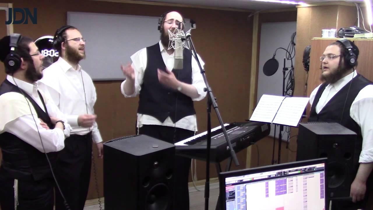מגזין JDN חושף: כך מבצעים חברי 'מלכות' את ההקלטות הווקאליות