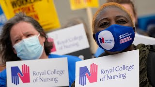video: Watch: Nurses and NHS staff protest Government's proposed 3pc pay rise