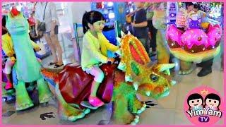 หนูยิ้มหนูแย้ม   ขี่ไดโนเสาร์ เที่ยวห้างเล่นของเล่น เซ็นทรัลเฟสติวัลเชียงใหม่
