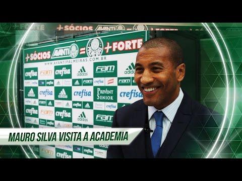 Mauro Silva visita a Academia de Futebol do Palmeiras