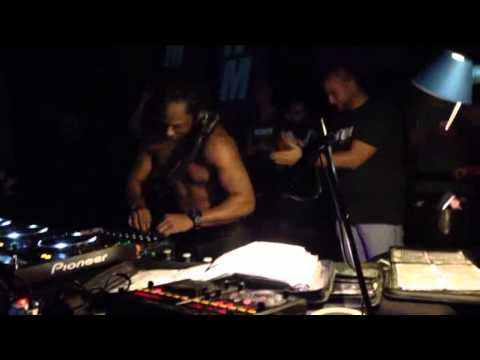 TIMMY REGISFORD // The 1st time in Naples// NEuhm PArty// @Duel beat
