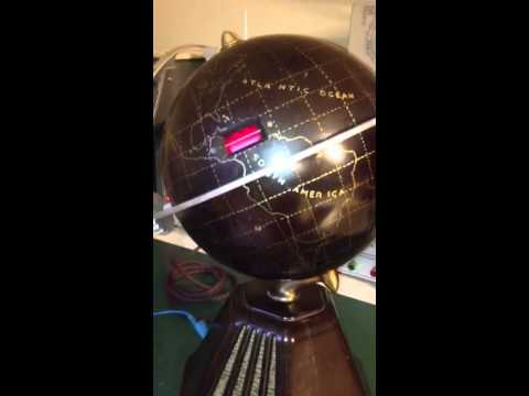 Colonial Globe radio restoration