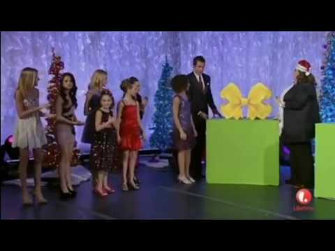 dance-moms---abby's-christmas-gift-to-all-girl---christmas-special