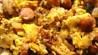 How to make scrambled eggs and sausage