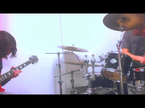 Improvised Jazz-Fusion/Progressive Rock Jam - Guitar + Drums - AXE FX II