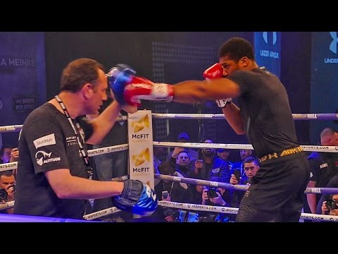 Anthony Joshua Official Public Workout | Explosive Pad Work | Joshua vs Klitschko
