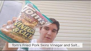 Guest Review:  Colin- Tom's Vinegar and Salt Pork Rinds #porkrinds #porkskins #saltandvinegar