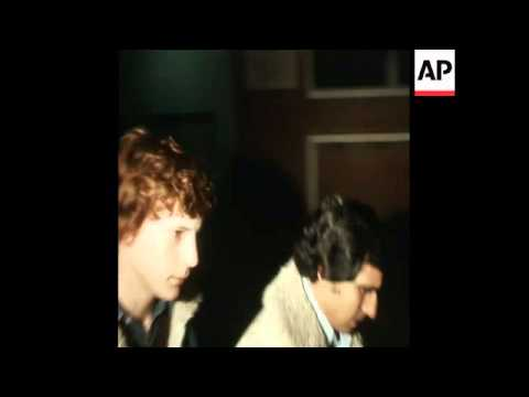 SYND 26-1-74 PAUL GETTY ASSISTING POLICE IN ROME TO FIND HIS KIDNAPPERS