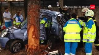 04.10.2015 Accidente de tráfico Nuevo Baztán. Un fallecido y un herido muy grave.