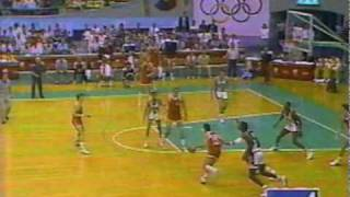 1988 Olympics Basketball USA v. USSR (part 4 of 7)