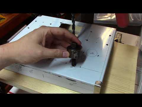 Single Ended Tube Amplifier Build 2017 - Drilling the chassis - Part 11