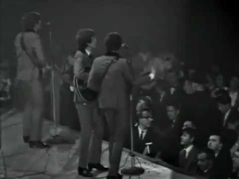"The Beatles - ""Twist And Shout"" (Live 1964)"