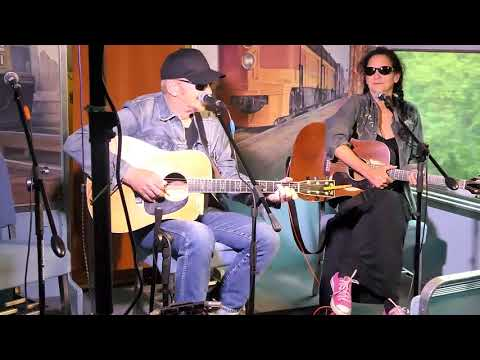 West Of The West 2017 Day 2 (2017-08-15) Dave Alvin & Christy McWilson