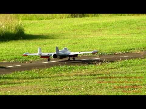 2013-12-25 - RC Plane: Venom with a Jet Engine - Mauritius