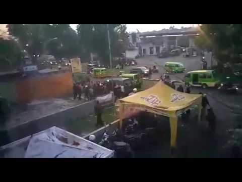 Detik-Detik Bentrok Ormas di Jalan Panaragan Bogor