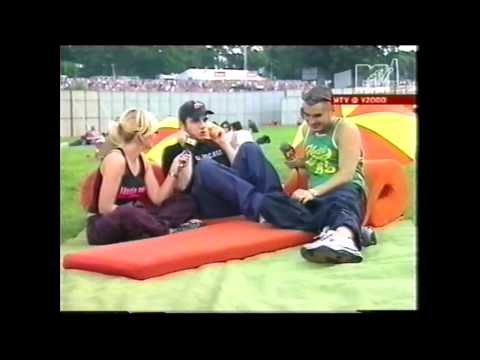 Bloodhound Gang - The Bad Touch, Magna Cum Nada, interview (Live Chelmsford, United Kingdom V2000) )