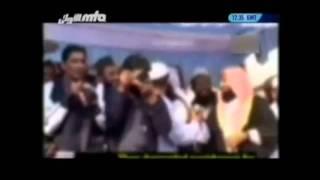 (Urdu Nazm) Allah Kay peyaroon ko tum kasay bora samjhay.