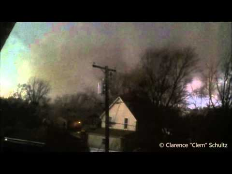 Man Records Tornado That Destroys His Home/Kills Wife - 4/9/15