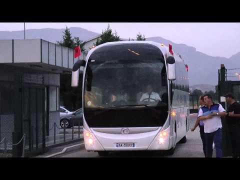 Kombëtarja kuqezi mbërrin në atdhe FSHF sqaron përplasjen e autobusit