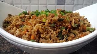 केवल 2 मिनट में बनाएं बचे हुए चावल से रेस्टोरेंट स्टाइल फ्राइड राइस