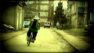 Смотреть клип Skizzo Skillz - Cine Sa Fiu