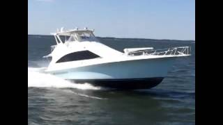 Sixty Foot Ocean Yachts running 39 knots
