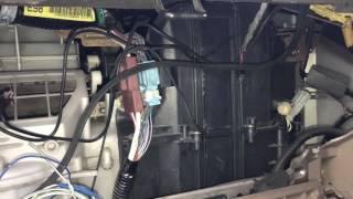Замена салонного фильтра в Хонда Одиссей RA6
