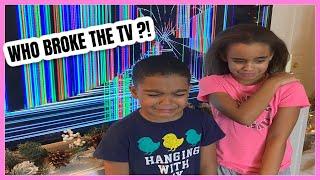 BROKEN TV SCREEN PRANK ON KIDS | VLOGMAS DAY 3 screenshot 3