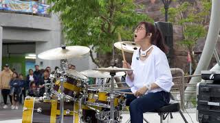 地點:台北市兒童新樂園街演(手持晃動移焦請見諒) 喜歡的話,請去粉絲團幫...