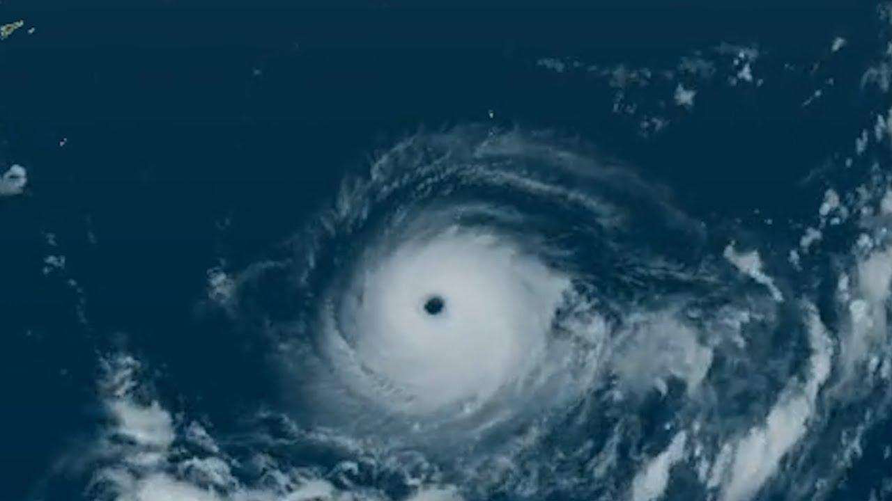 気象衛星画像 ひまわり8号で追った 台風5号 迷走から急発達